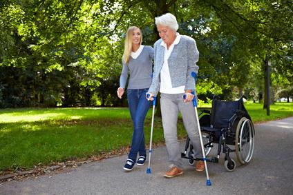 Der Artikel berichtet von Knochenbrüchen im Alter.