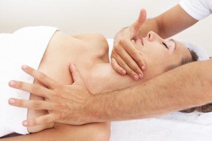 Der Artikel erklärt die Aufgabenbereiche der Osteopathie.