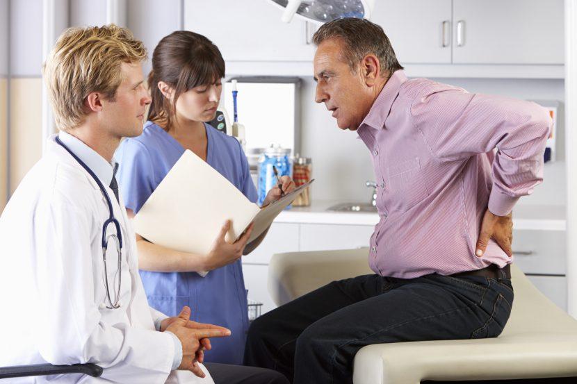 Diese Krankheiten können die Ursache von Rückenschmerzen sein