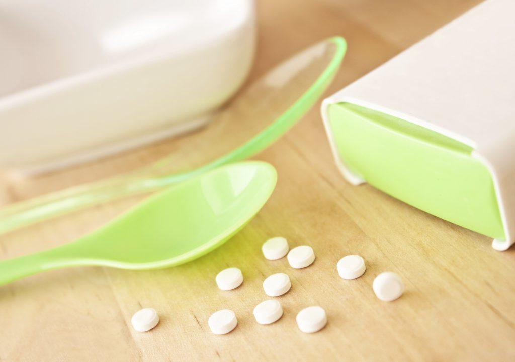 Der Artikel prüft Süßstoff auf den Verdacht, Diabetes auszulösen.